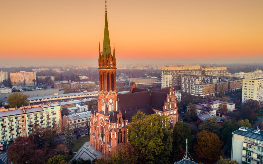 Aktualne informacje o limitach wiernych w kościele i decyzje Konferencji Episkopatu Polski